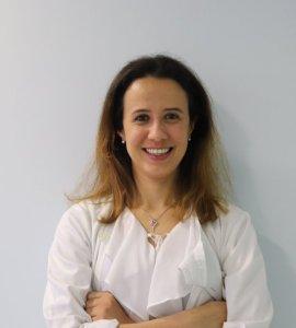 Dra. Cláudia Andrade