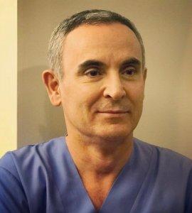 Dr. Enrique Galvez